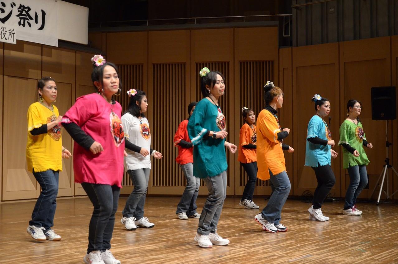 ノナ マニス(インドネシア ダンス)