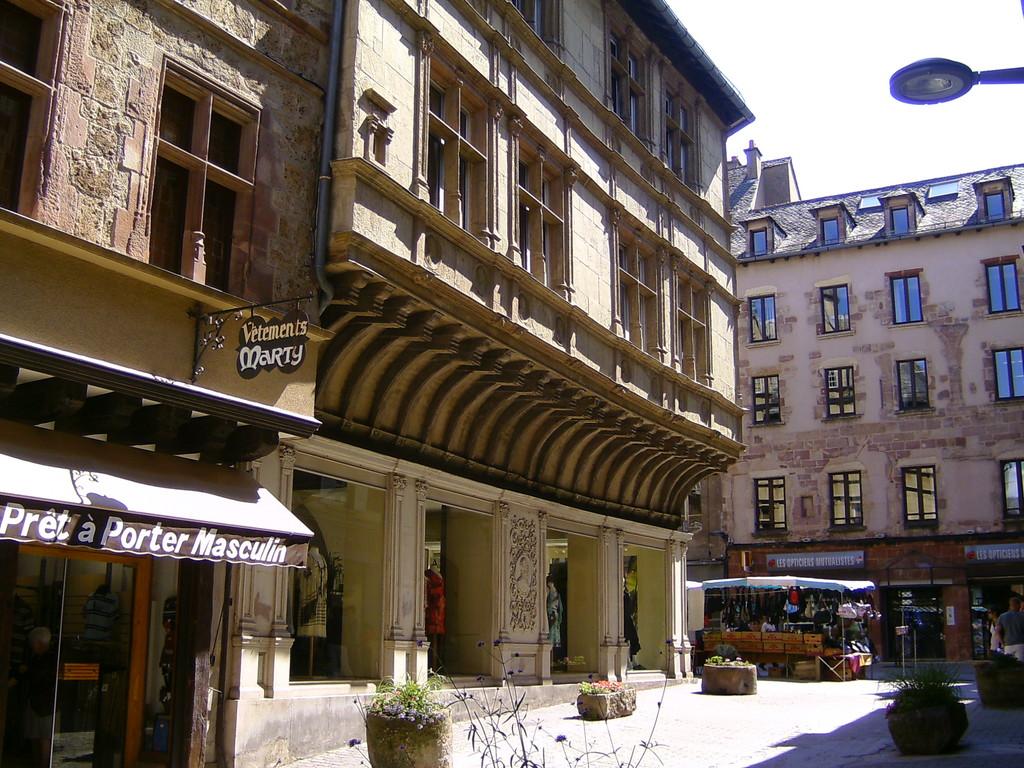 RODEZ Aveyron maison renaissance