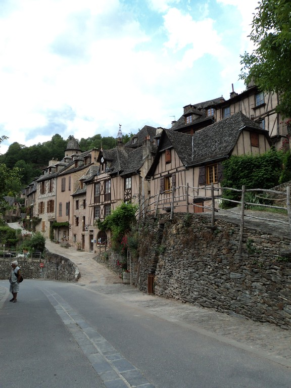 Conques Aveyron 12 maisons à colombages