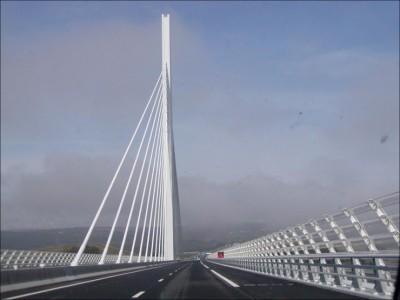 viaduc de Millau Aveyron