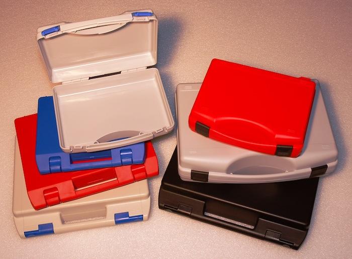 Kunststoff-Koffer