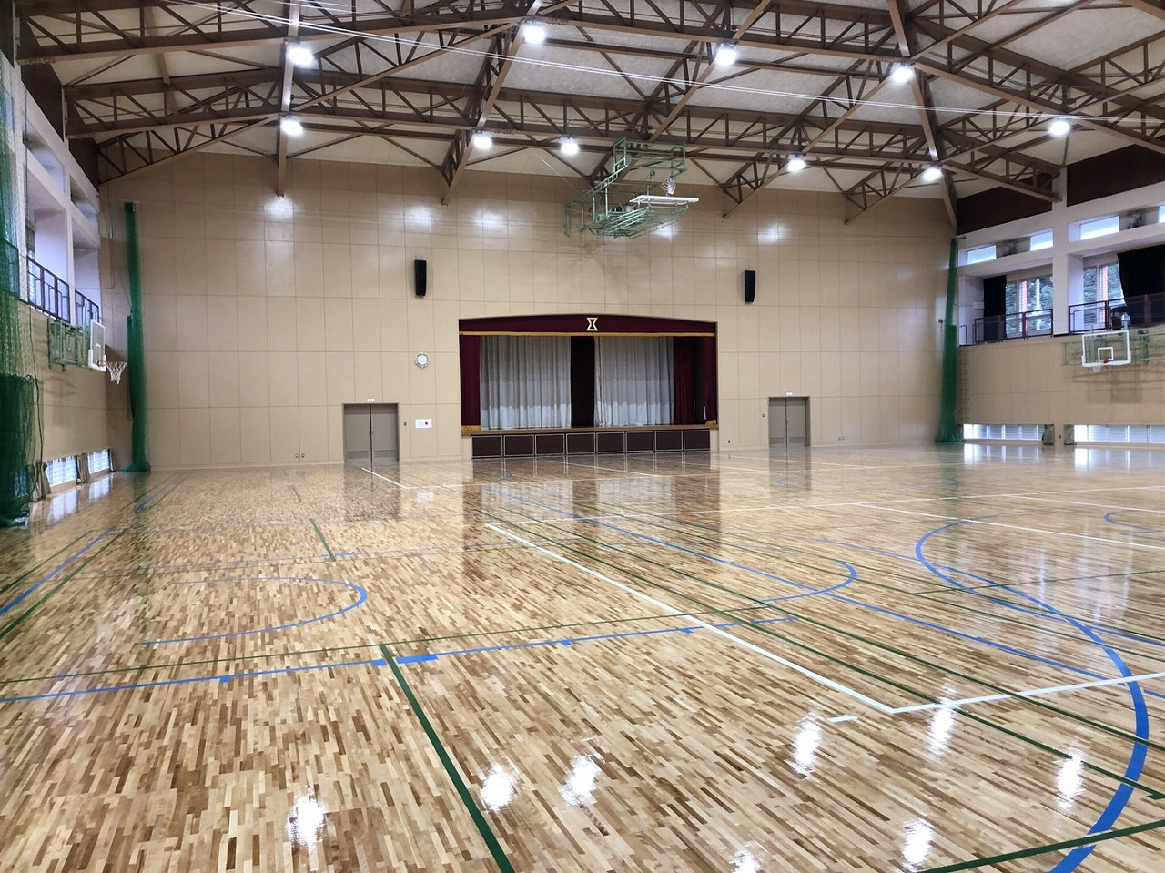 臼杵市諏訪山体育館が改修を終えて来年1月4日からリニューアルオープンします