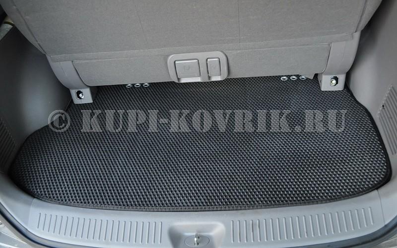 Коврик в багажник Гранд Старекс (последний ряд диван, трансформер снят)