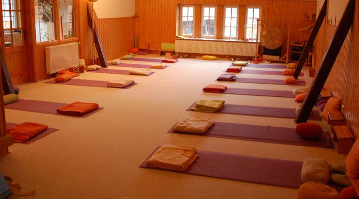 Yogaraum auf Hof Grafel - Familiencamp Wohnzimmer Wildnis