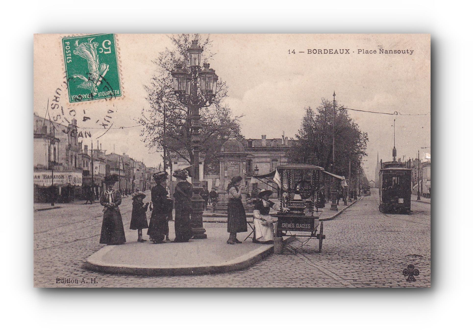 BORDEAUX - La marchande de glaces - Die Eisverkäuferin - The ice cream seller