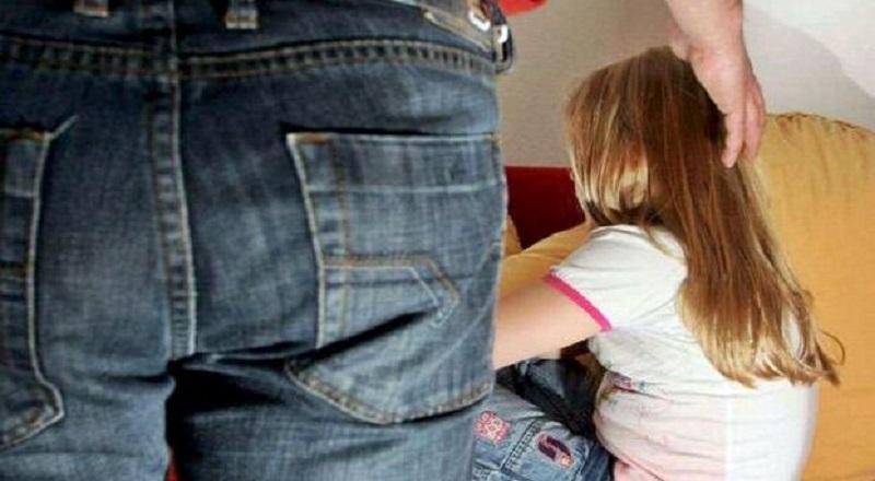 Abusi Sessuali sulla Figliastra