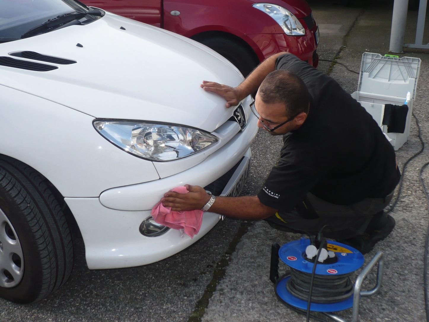 Nettoyage extérieur de véhicules