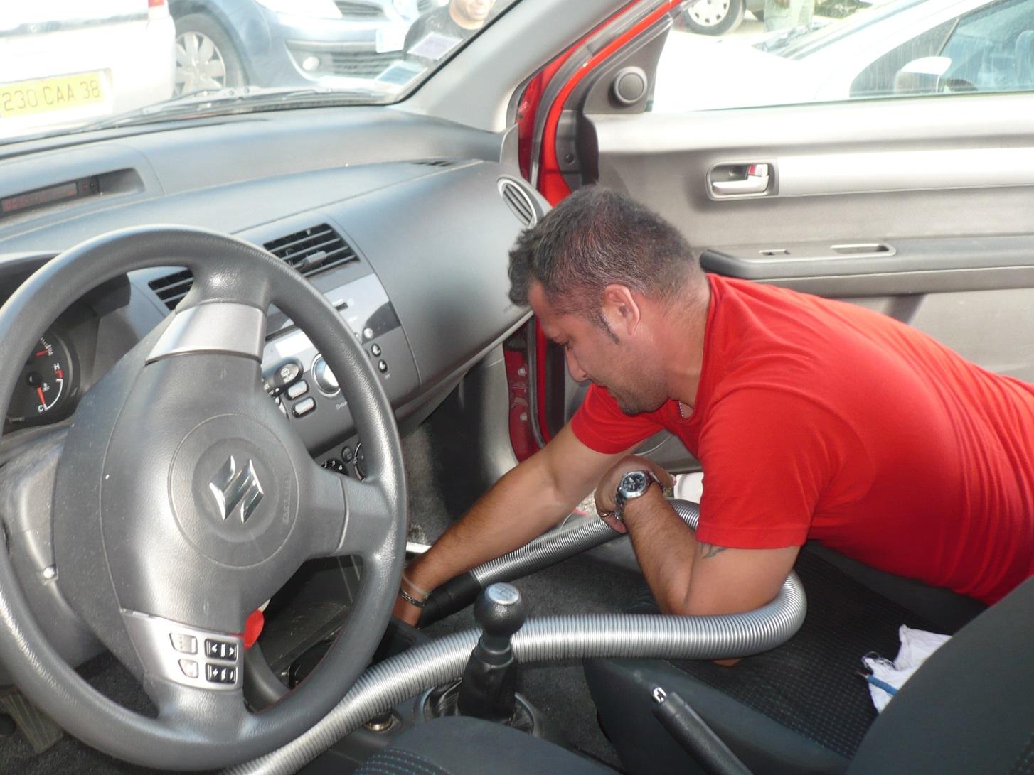 Nettoyage intérieur de véhicules