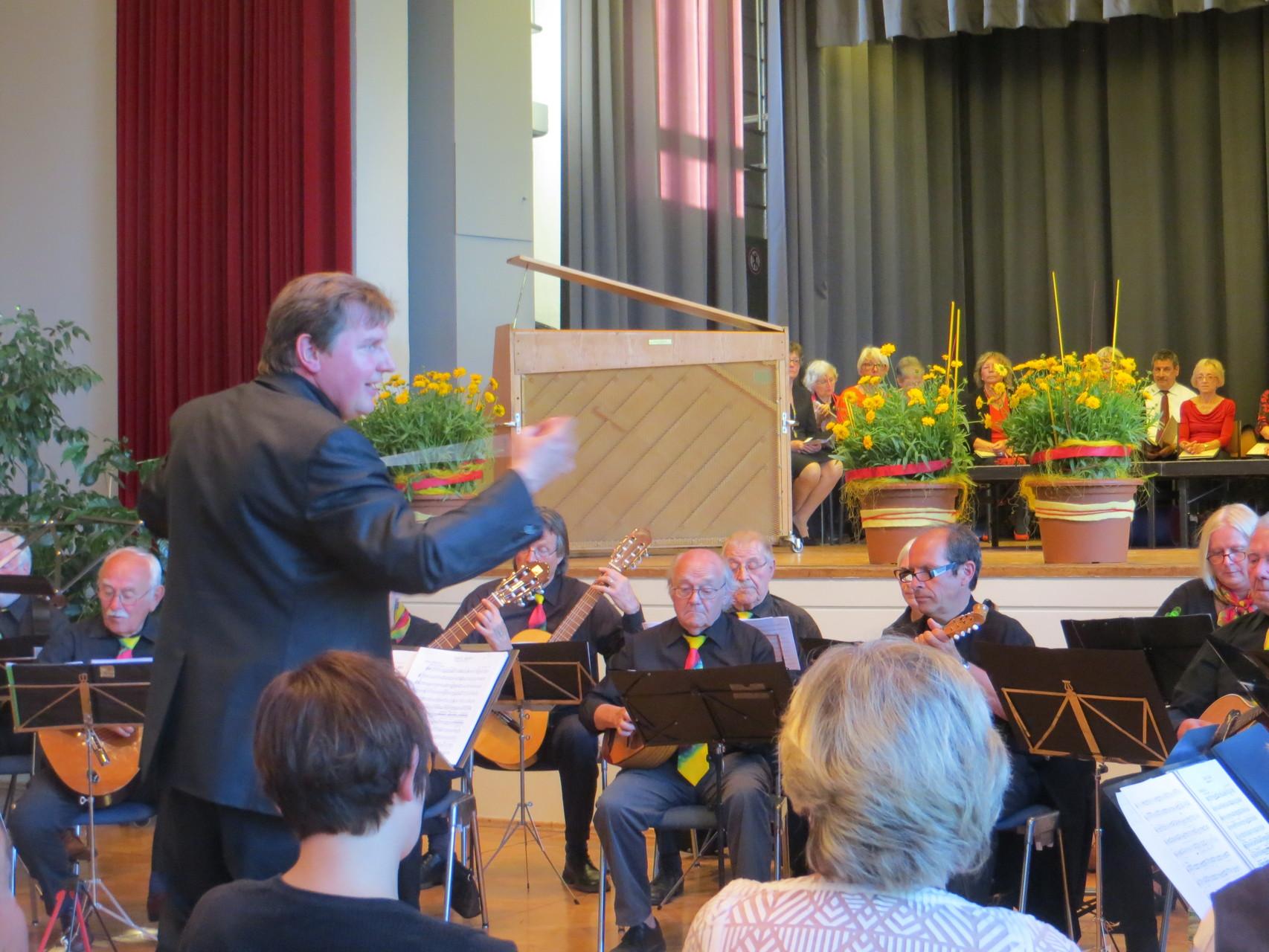 Benefiz-Konzert im Uhlandbau