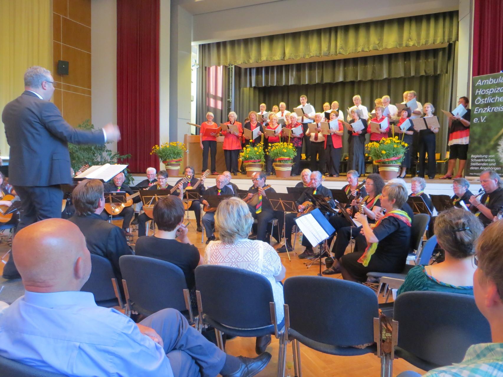 Benefiz-Konzert im Uhlandbau zugunsten Hospizdienst am 13.6.2015