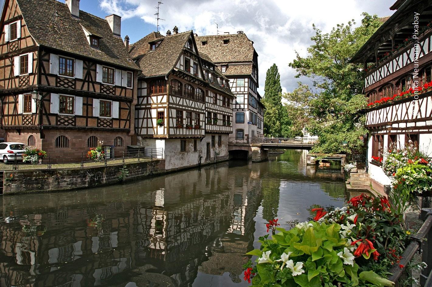 Im historischen Stadtzentrum von Straßburg ...
