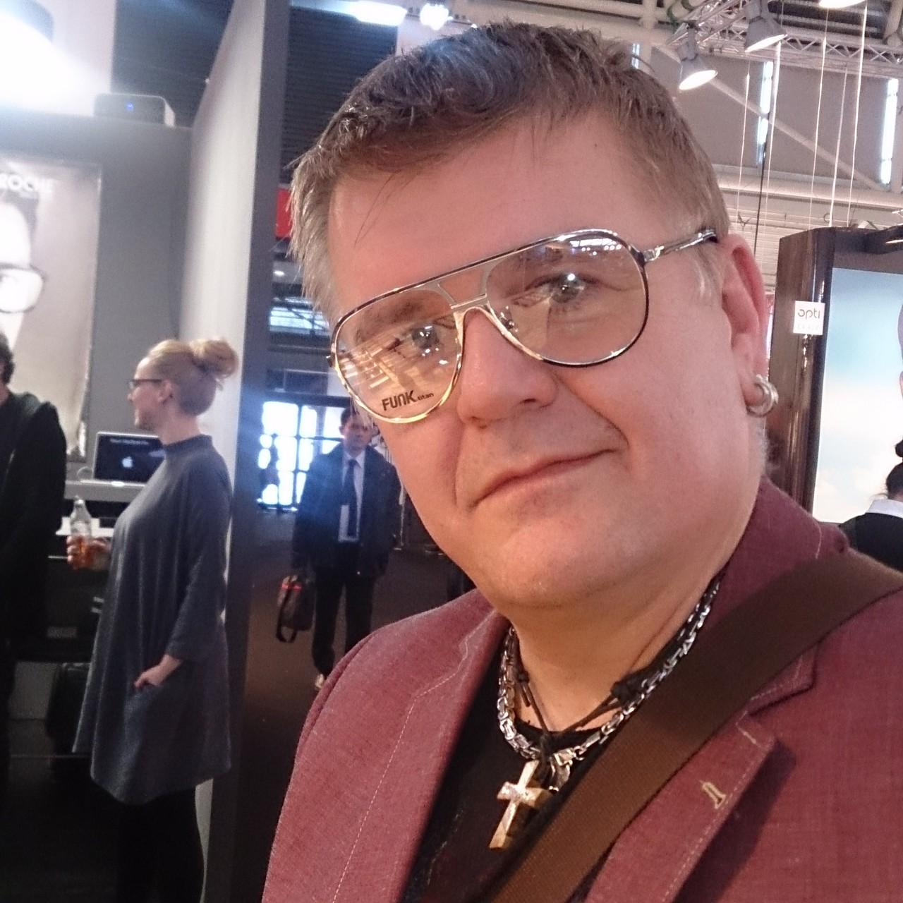 Martin Wörner mit Funk Brille