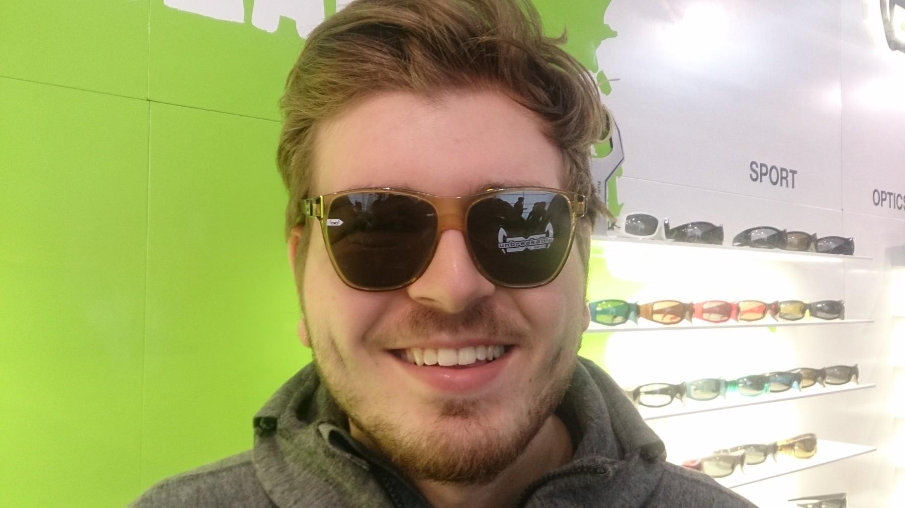 Maximilian Wörner mit Gloryfy Sonnenbrille