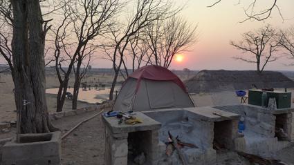 Campen am Wasserloch