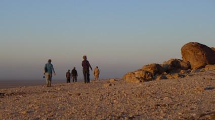 Unterwegs zum Sonnenaufgang in der Namib