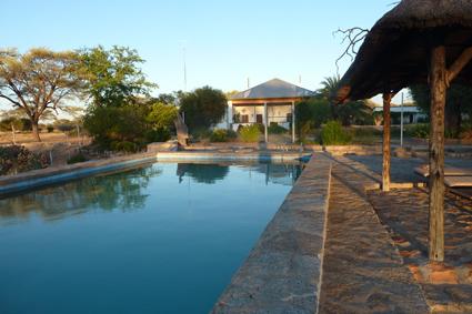 Swimming-Pool am frühen Morgen