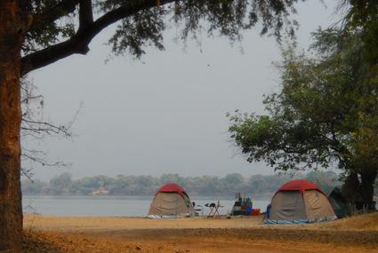 Zelten am Zambezi