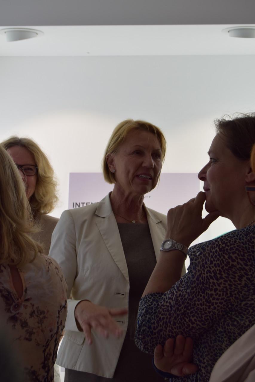 ufh Forum Frau Lindner leitet die Führung und gibt Tipps