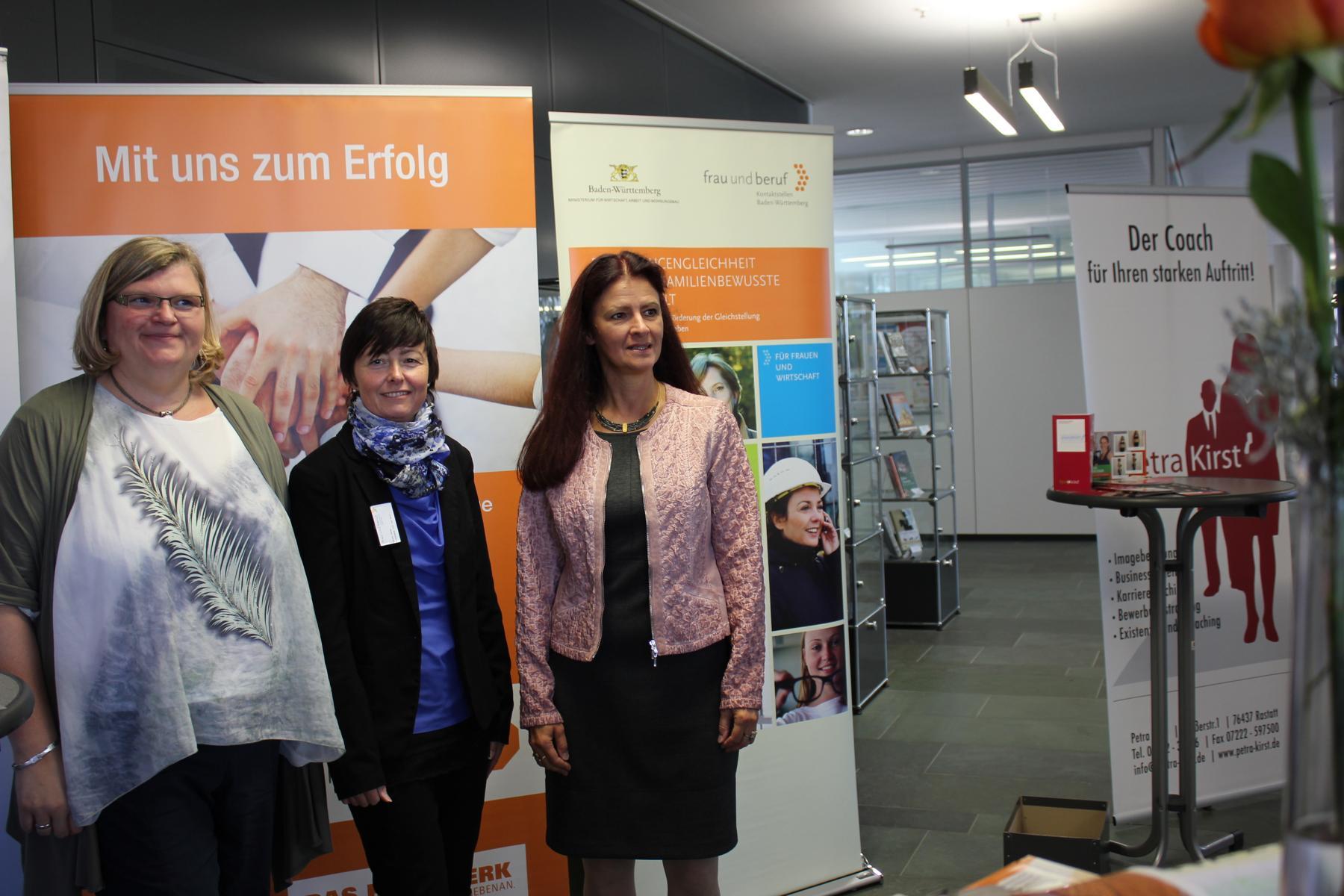 09-18 Vertreterinnen HWK (s. Harnapp) und Kontaktstelle Frau und Beruf, Karlsruhe