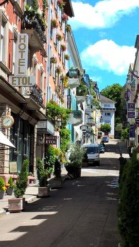 07-17 Baden-Baden zeigt sich von seiner schönsten Seite