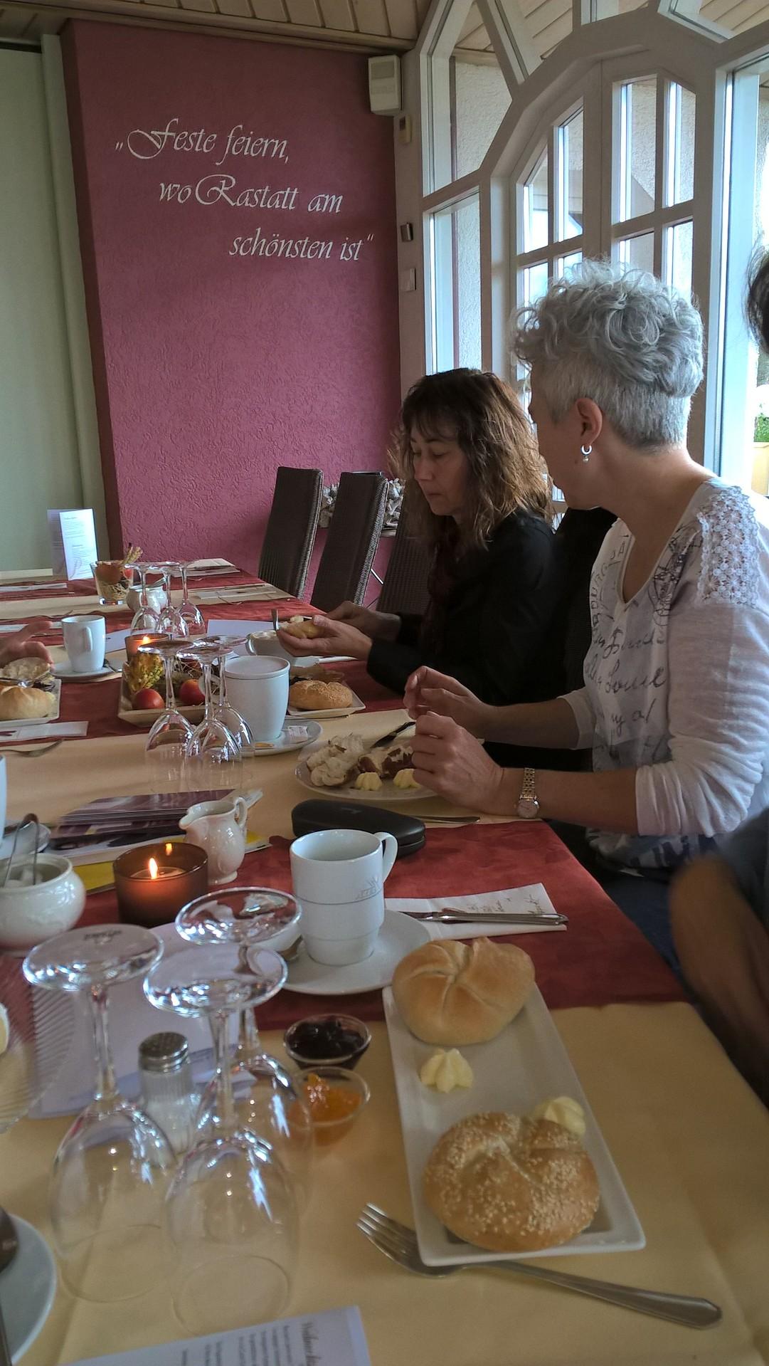 10-17 ufh-Treff Unternehmerinnen-Frühstück
