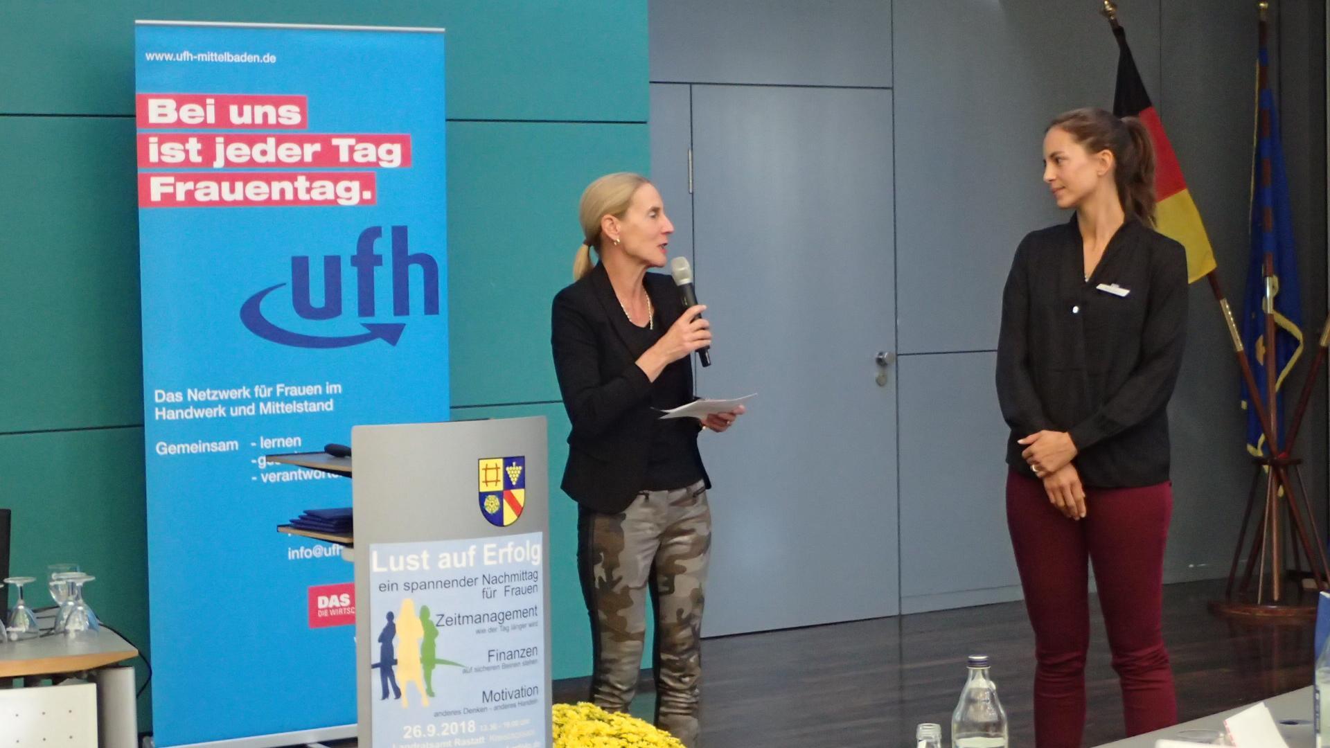 09-18 Silvia Bajon, re, Volksbank Baden-Baden, Rastatt