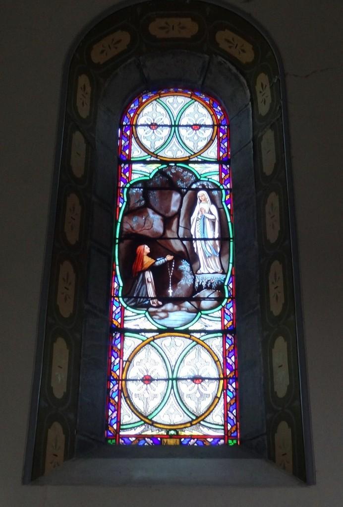 Aparition de la Vierge à Lourdes
