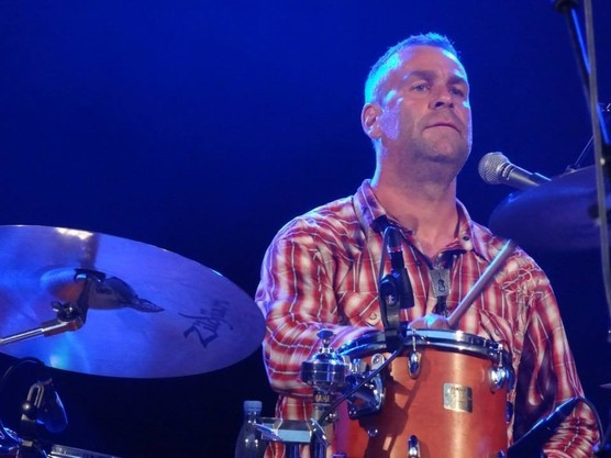 Also on board as drummer is CLEMENS SCHIRMER, who is known for his studio and live work with quite a few American country acts including Helt Oncale and Darryl Singletary.