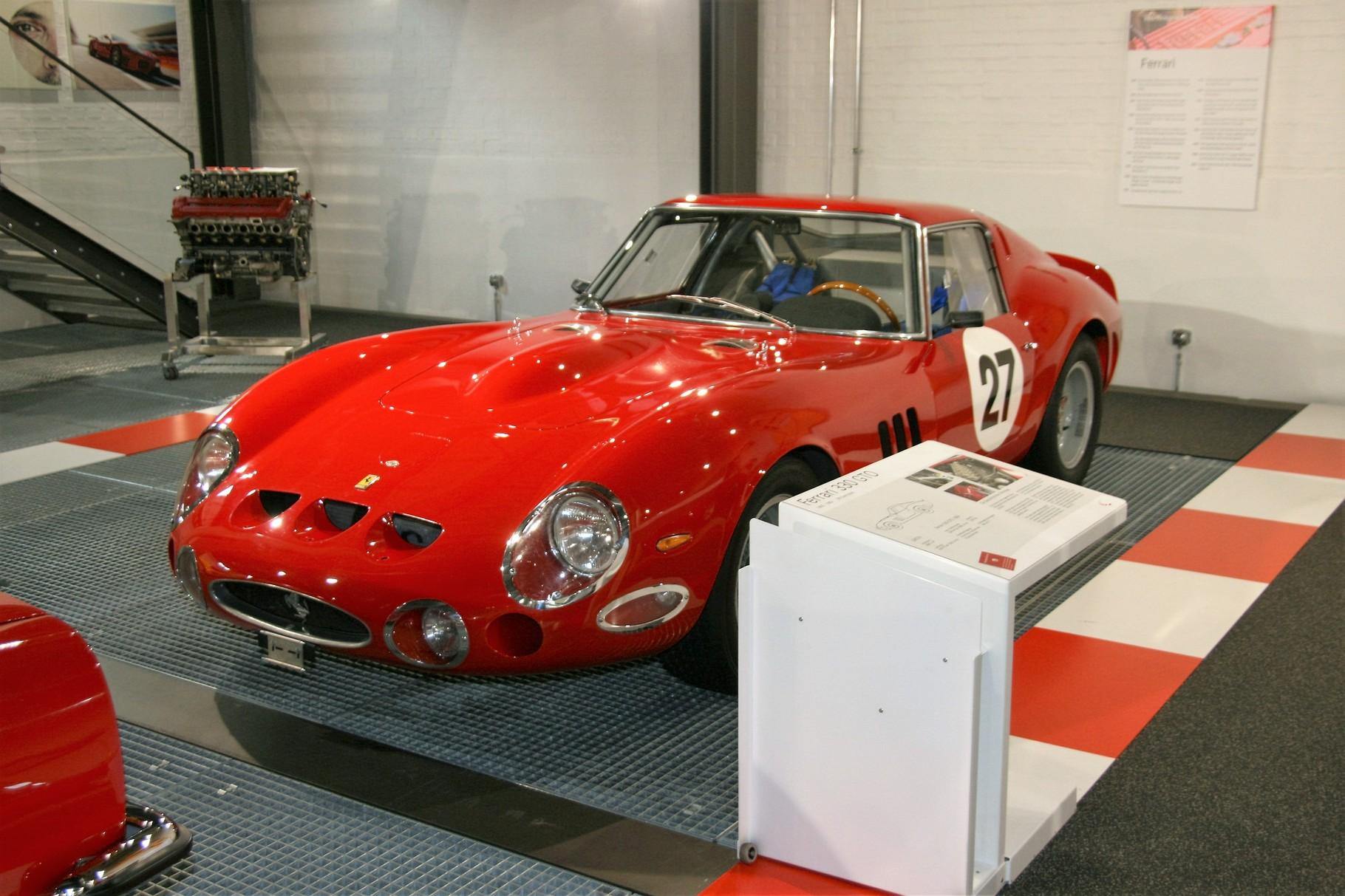 der sehr teure Ferrari