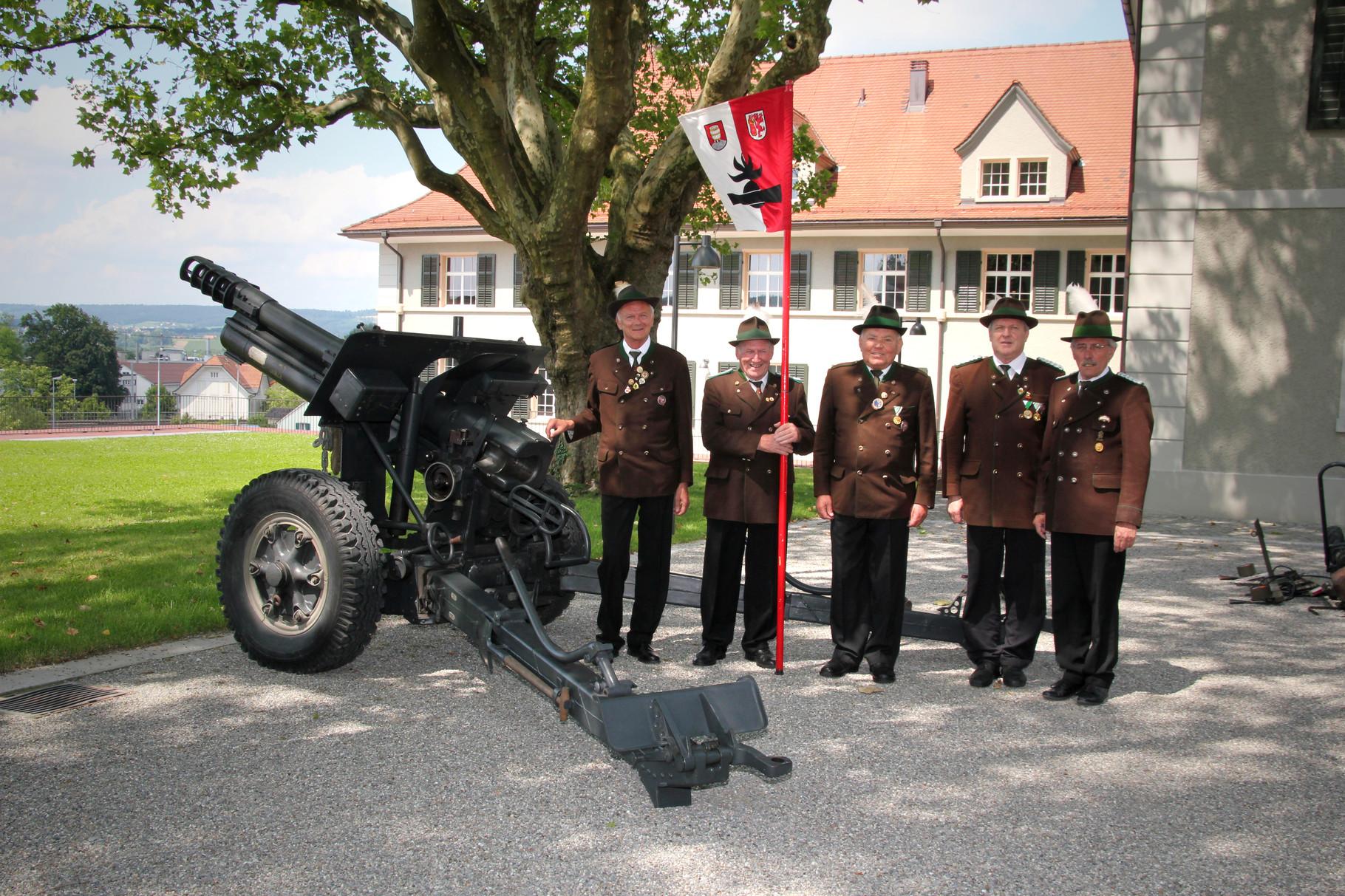 Ehrengeschützzug Kufstein Inspektion in Frauenfeld