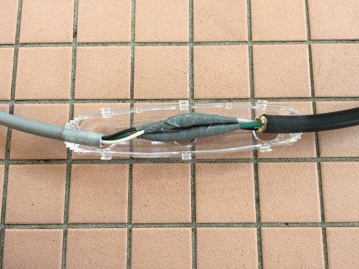 レジン注入形ケーブル接続キット「セルパック」を使用した電気ケーブル接続工事の流れ。その2【新潟】