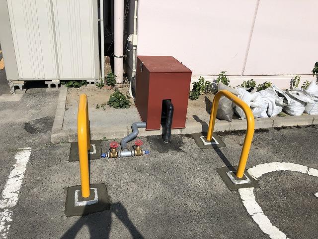 新潟市の事業所のお客様へ駐車場消雪設備の敷設工事を承ります。参考価格掲載