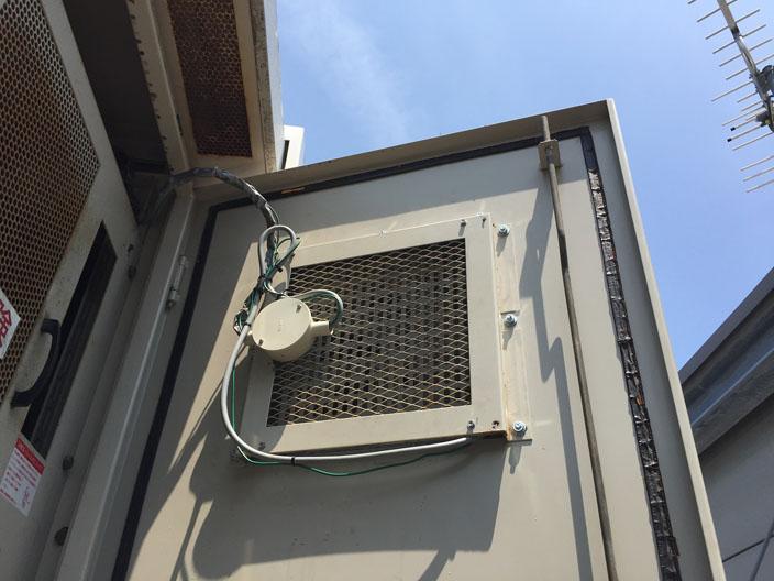 キュービクル換気扇の交換工事の様子【新潟市中央区】
