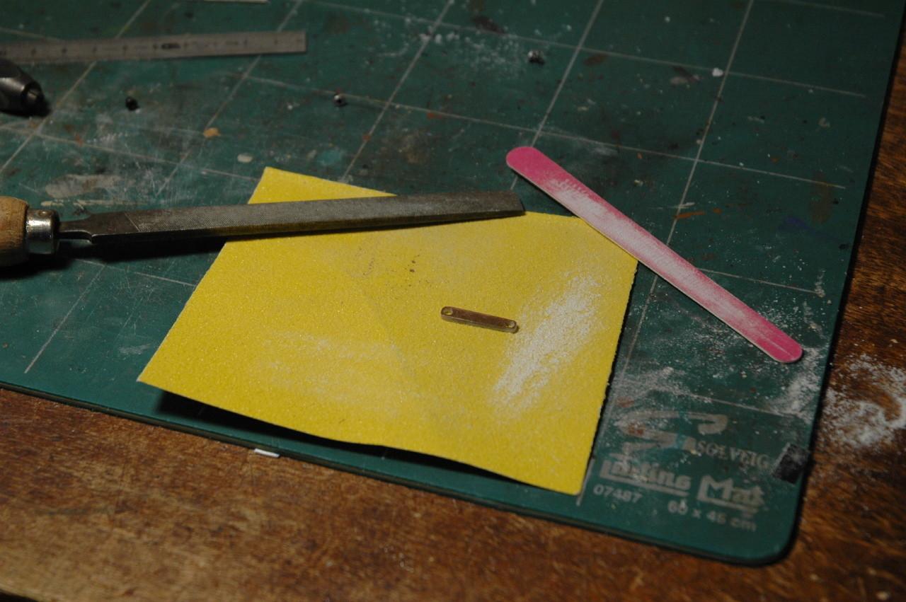 on affine à la lime en longueur, largeur et épaisseur.