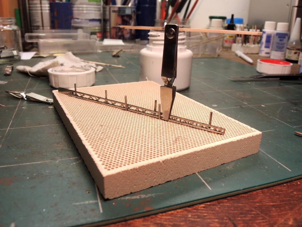 Montage des supports Région4: assemblage du mat en treillis, voir notre page : trucs et bidouilles pour plus de détails.