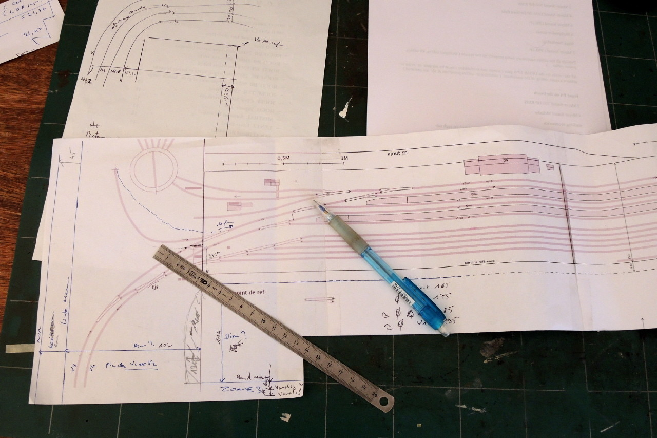 Des plans sur papier et parfois sur la comète...