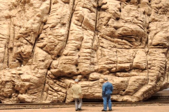 un essai en situation des rochers en platre