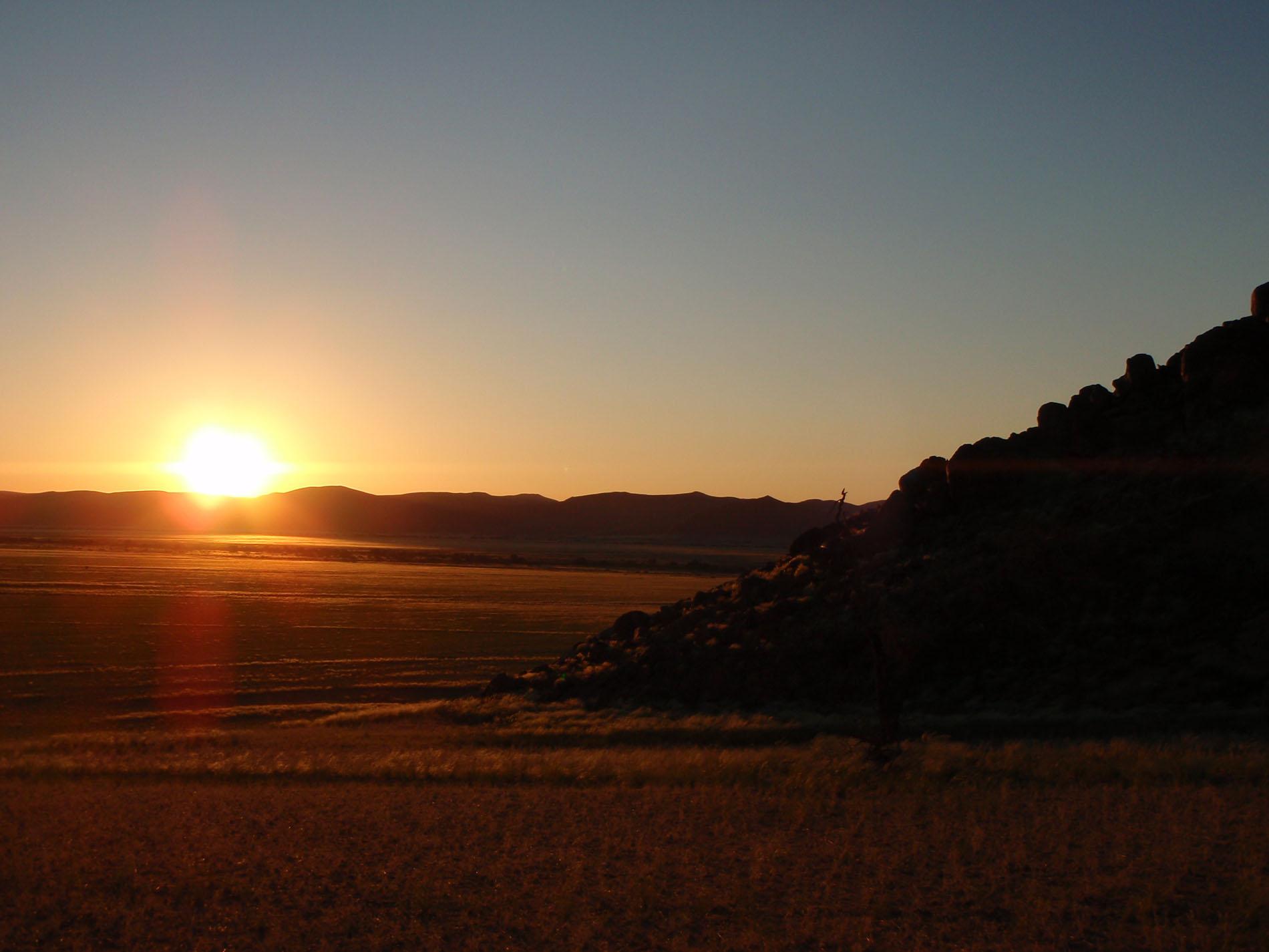 Abend in der Namibwüste