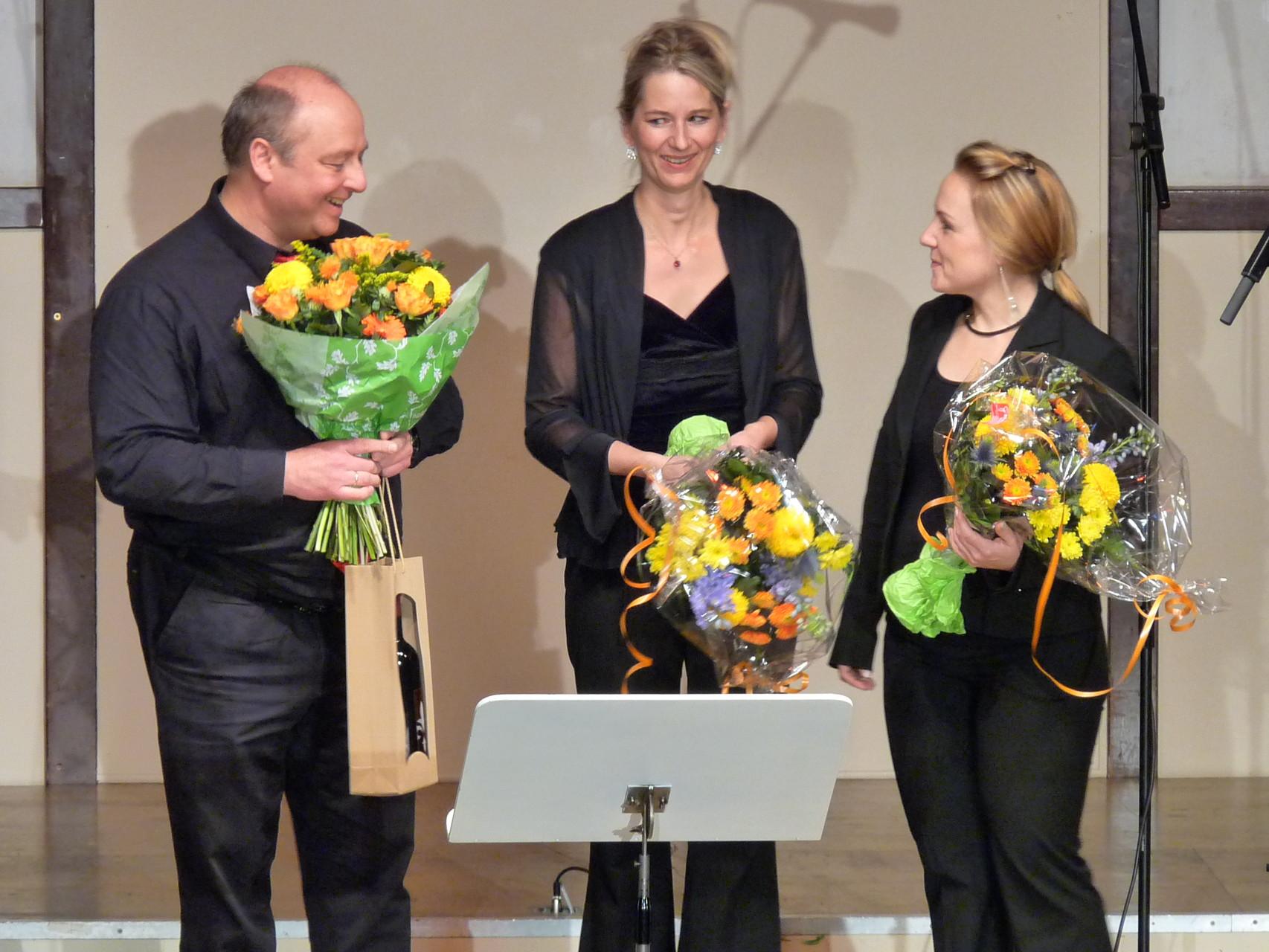 Zwischentöne-Chorleiter Frank Eckhardt, Dur&Moll-Chorleiterin Helga Liewald, Sing'n'Swing Chorleiterin Karin Späth