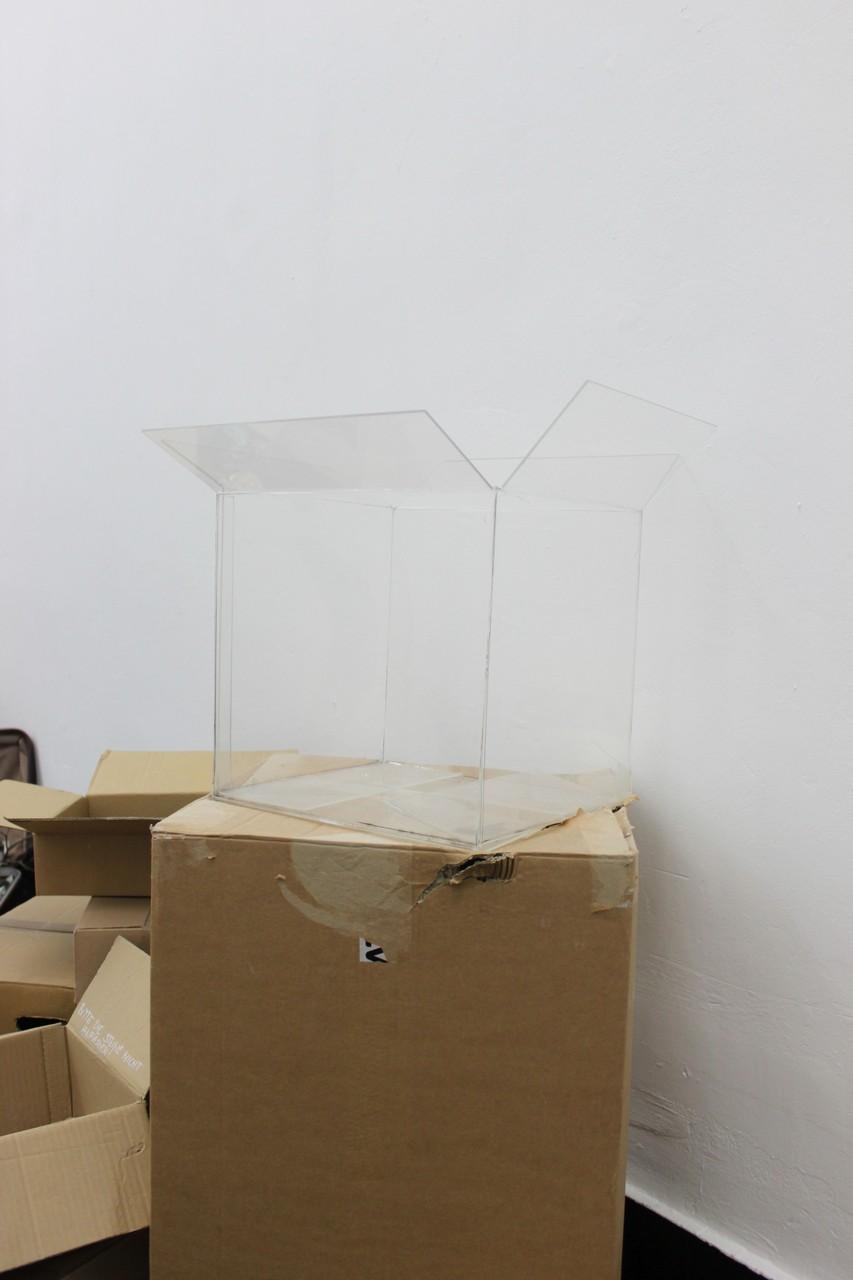 purgatory/ acrylic blas 60 x60 x60 cm