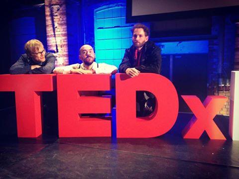 Am Freitag waren wir mit Jan Jakob beim TEDx Event in Leipzig. Coole Musik und inspirierende Vorträge!