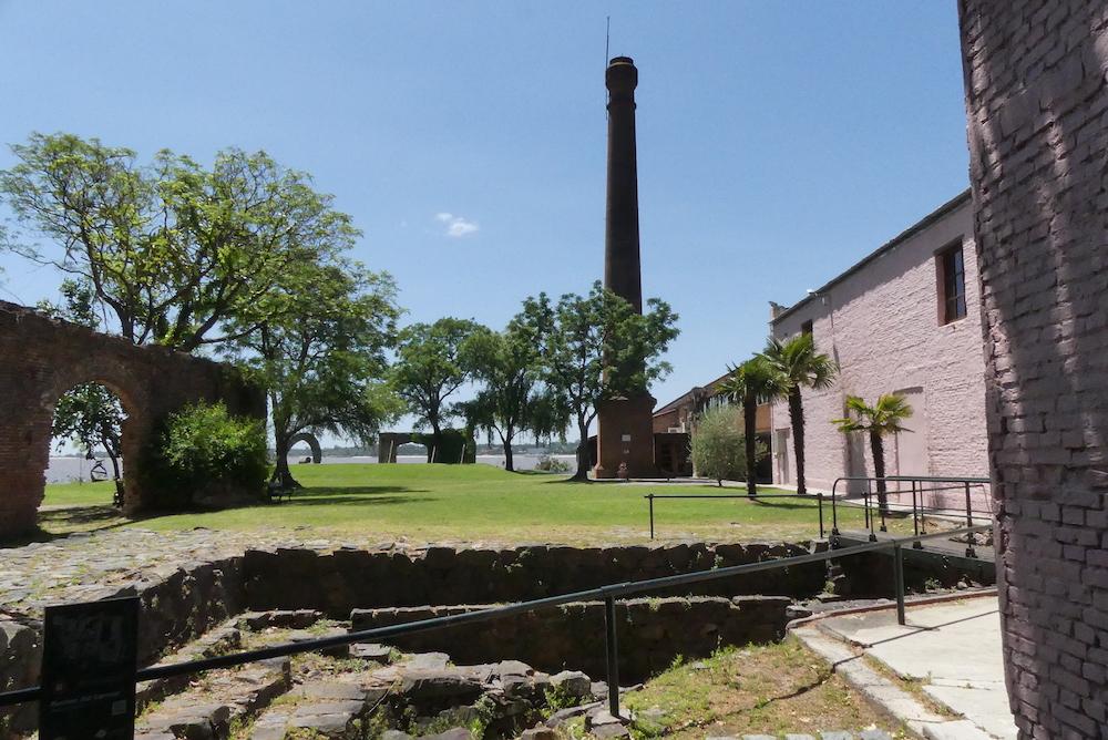 Ex usine à colonia