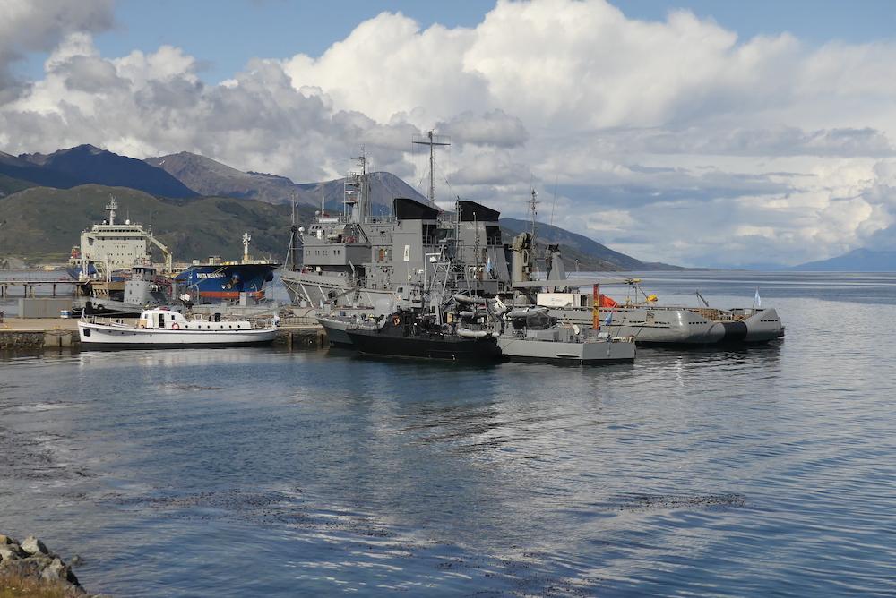 Port Militaire