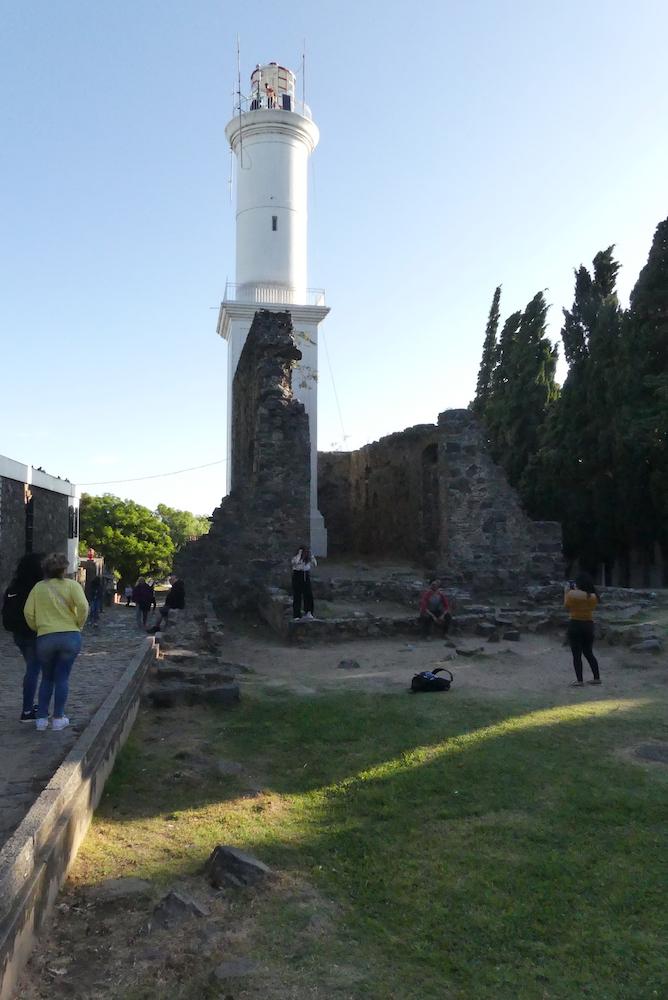 Le phare de Colonia