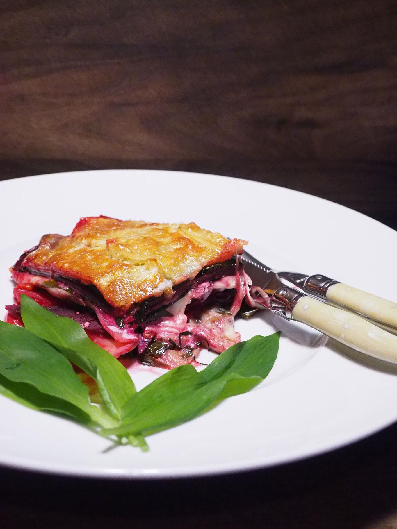 Bärlauch-Mozzarella-Erdäpfel-Rote-Rüben Auflauf