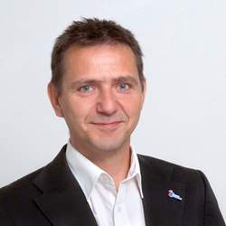 Vortrag von Holger Hofmann, Geschäfts-führer Deutsches Kinderhilfswerks