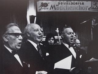 Bild: Düsseldorfer Männergesangverein e.V. 1902 mit Walter Scheel
