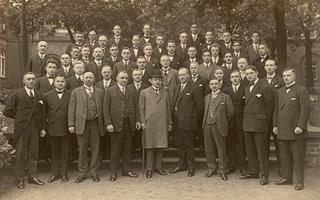 Bild: MGV Bilker Liederkranz 1867 (Foto aus dem Jahr 1927)