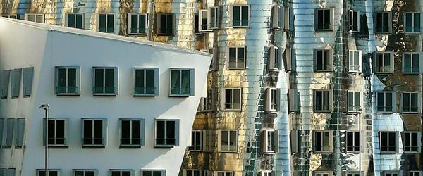 Bild: Gehry-Bauten Detailansicht © Pixabay