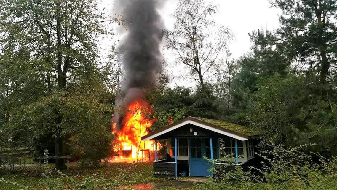 Een brand verwoestte een Bufallo Ranche House op 21 oktober 2017.